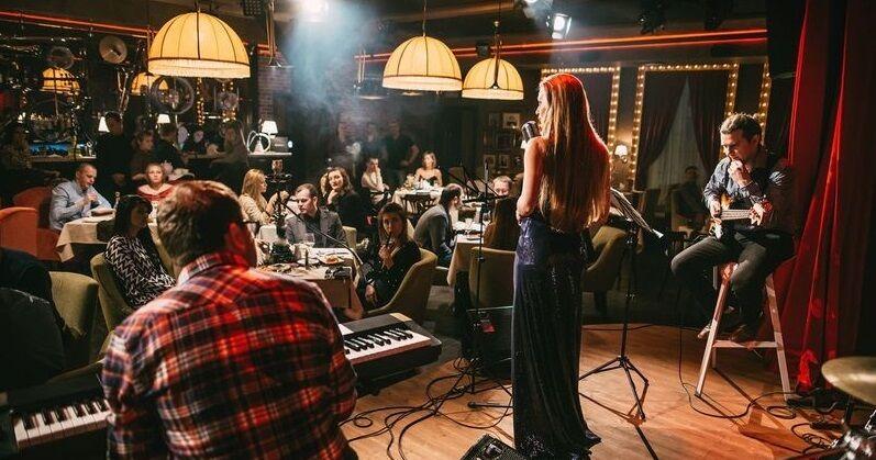 Клубы в москве с живой музыкой питбайк клуб москва магазин