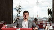 Основатель управляющей компании Evdokimov RMC Владислав Евдокимов: «Мы кормим, а еще поем и танцуем»