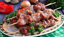 Как приготовить шашлык из свинины: подборка рецептов