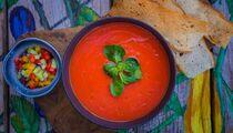 Окрошка VS гаспачо – шесть рецептов популярных летних супов