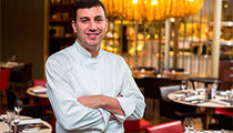 Шеф-повар Бруно Риу с гастролями в Санкт-Петербурге: «Моя задача - показать петербуржцам и гостям отеля W концепцию ресторана Алена Дюкасса в Лас-Вегасе»