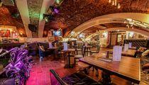 В конце апреля в Шведском переулке откроется  рокерский бар The Right Place