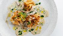 Масленица в «Аисте»: утка, лосось, апельсин и ещё пять видов начинок блинов