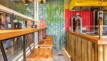 В Москве открылось позитивное кафе «Гурман Шаурман» от DJ Smash