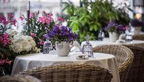 Вечера по-французски на летней веранде в «Brasserie МОСТ»