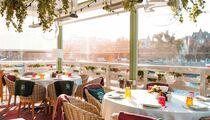 Теплая осенняя веранда в ресторане «Магадан» на Красном Октябре