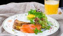 Поздние завтраки в Touche' wine bar & kitchen