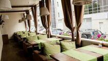 Летняя веранда открылась в баре-ресторане «AurA»