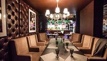 Posh lounge café