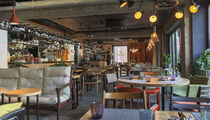 Touche' wine bar & kitchen / Туше