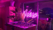 Maniac Bar