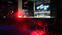 Let's drunk bar