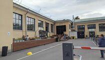 Доставка: ресторанный критик не открывает сезон веранд в Georgiani