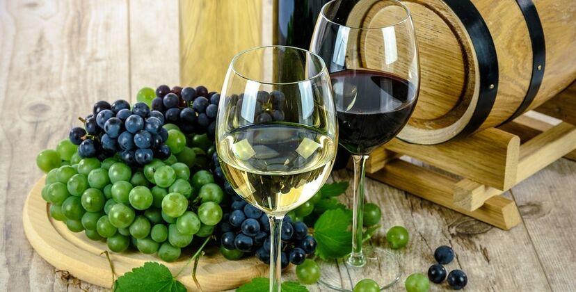Где пить вино