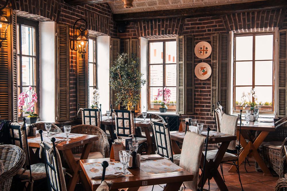 Поздравления с 8 марта в ресторане «Villa Pasta»