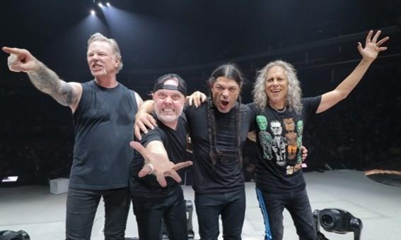 Современный состав группы, слева направо: Джеймс Хэтфилд, Ларс Ульрих, Роберт Трухильо, Кирк Хэммет