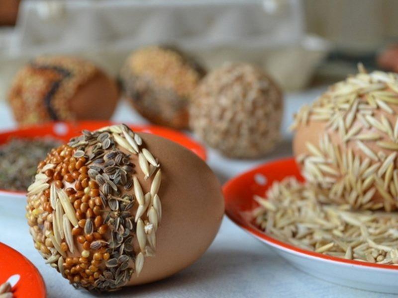 Детальный декор пасхального яйца