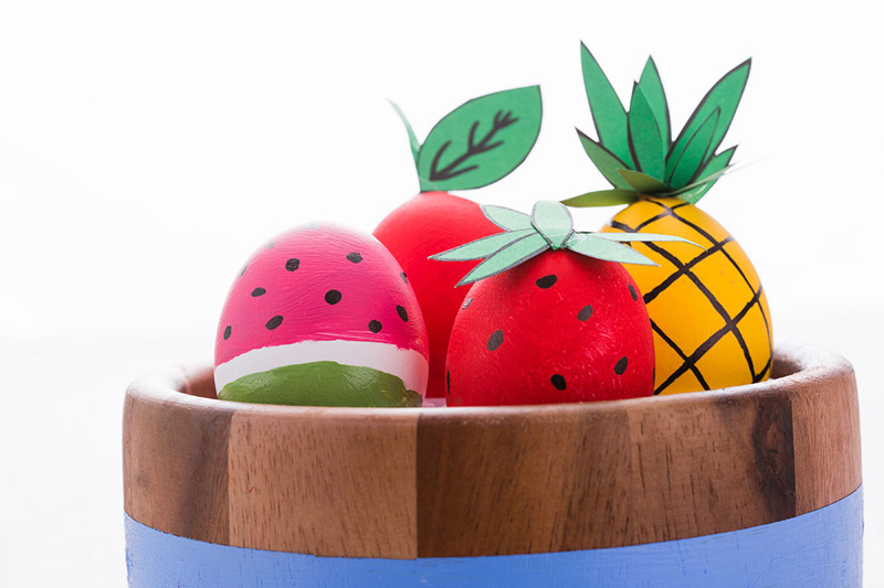 Яйца в виде фруктов