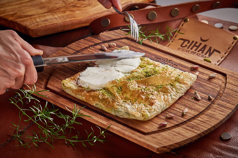 Турецкие чаепития в ресторане CIHAN STEAK & KEBAB