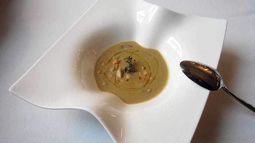 Суп из белых грибов с ристретто из говядины