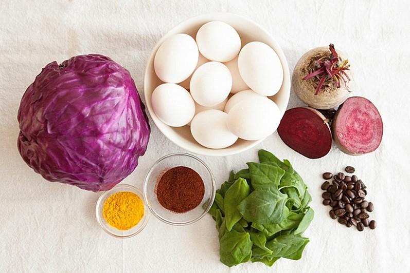 Натуральные ингредиенты для покраски яиц