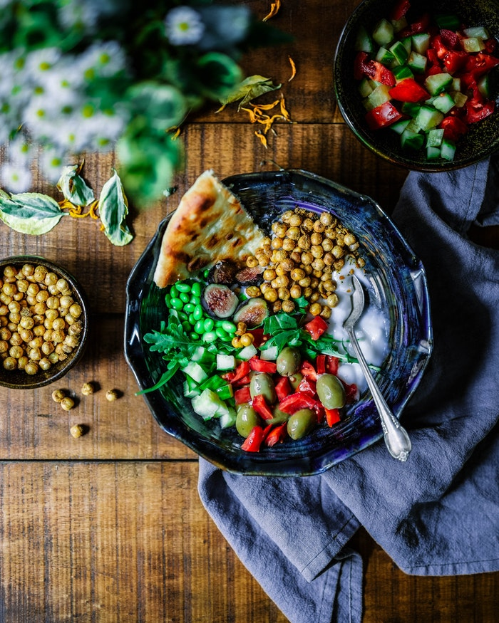 Здоровый салат для завтрака или обеда