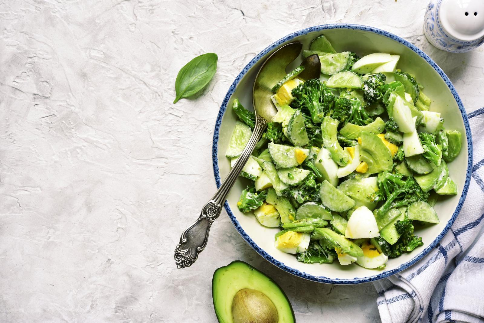 Рецепт салата из огурцов и авокадо рецепты и фото