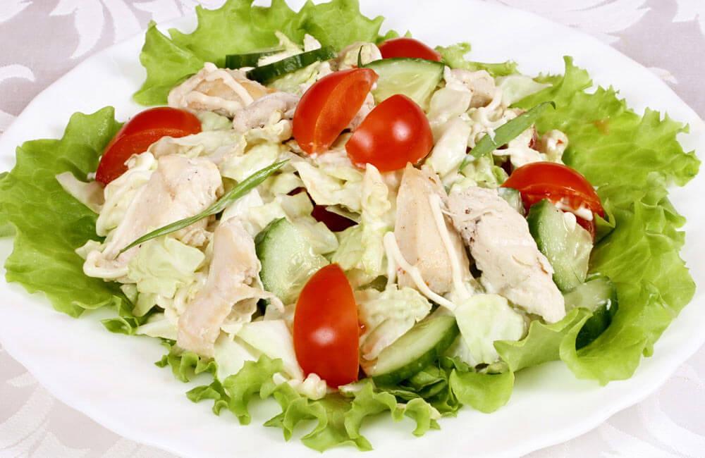 Аппетитный салат с куриной грудкой фото и рецепты