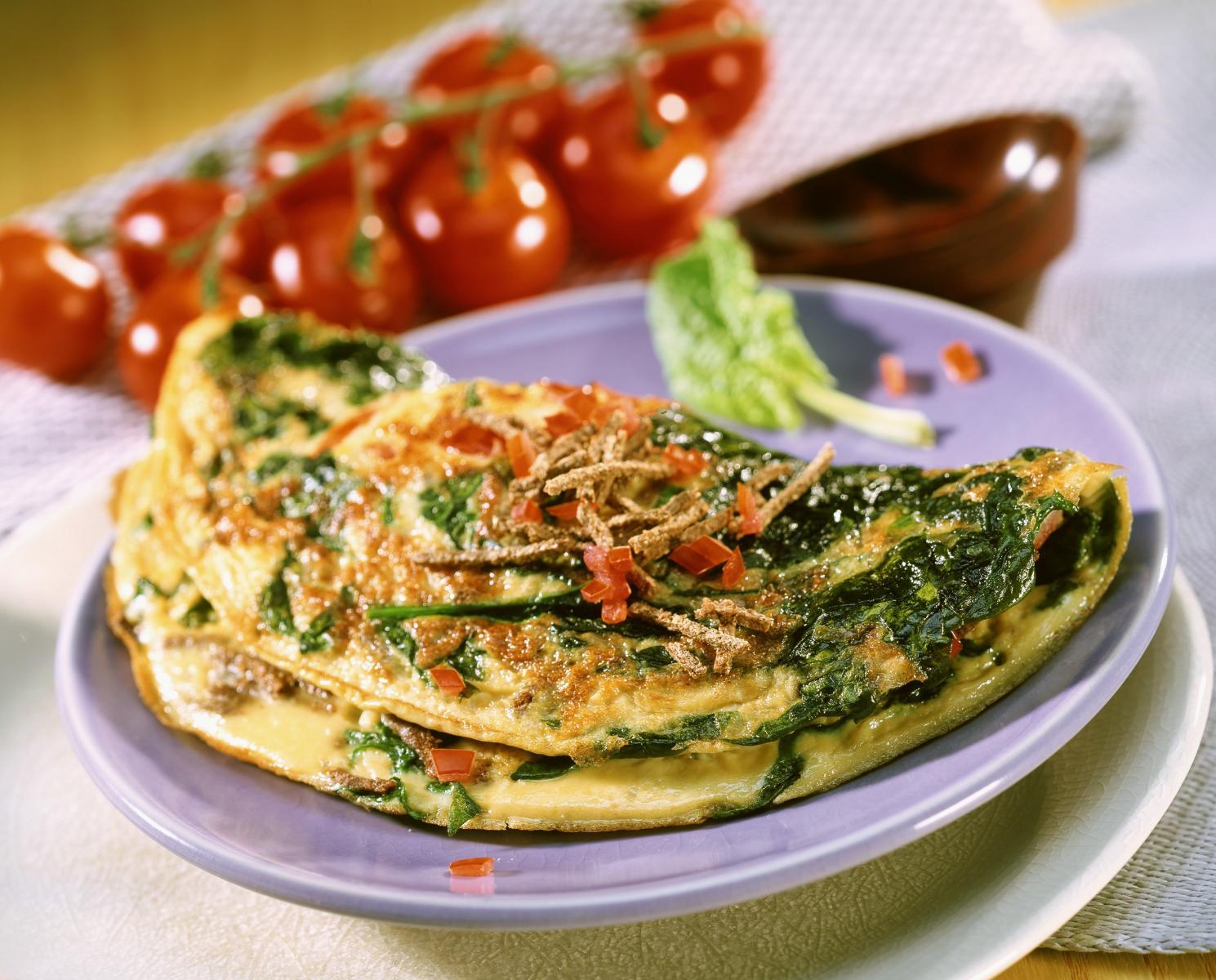 Вкусное блюдо из яиц - омлет из шпината